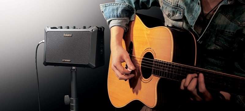 best acoustic guitar amp for the money